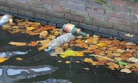 誰是塑膠元凶?學生當偵探,追蹤河邊垃圾誰丟的