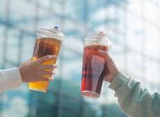 台灣限定!喝珍奶不用吸管,Float杯讓珍珠漂起來