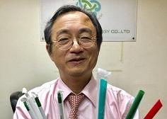 1支可分解吸管-台灣化工博士拿下蘋果星巴克訂單