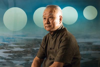 現代水墨畫之父劉國松一如年少,依舊疾行於藝術路上,創作不輟。(莊坤儒攝)