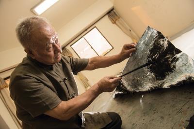 中國傳統36種皴法之後, 從元朝到民國,都沒有再發明 新的技法,直到劉國松的 「抽筋剝皮皴」橫空出世。 (莊坤儒攝)