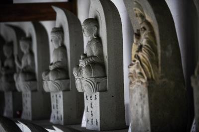 慶修院的88尊石佛,是日本移民在台灣思鄉的寄託。