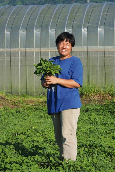 蘇秀蓮突破傳統、偏鄉、性別與族群的疆界,開墾友善土地的有機農場,創造了包容性與永續的發展。