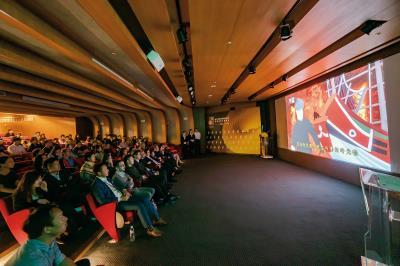 第五屆「全民潮台灣」短片比賽頒獎典禮。外交部希望透過台灣土地上的感人故事,讓世界看見寶島的獨特魅力。(林旻萱攝)