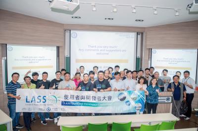 空氣盒子引起社會關注後,不同背景的民眾與專家開始加入討論。(LASS環境感測網路系統提供)