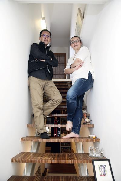 張匡逸(左)和張正瑜(右)夫婦設計富里車站, 隱身在花東的自然山水中,是第二眼才會看見的綠建築。