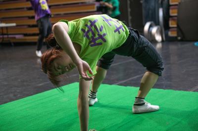臺灣特技團團員每天都排定規律的訓練,保持最佳的體能與技能。(莊坤儒攝)