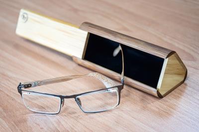 以竹子做成的各樣精品小物,結合了工藝技術與文創美感。
