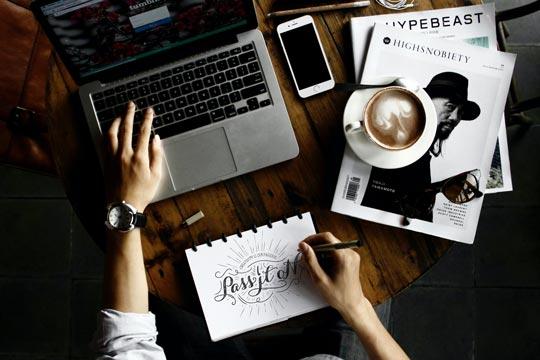 激發人思考創意的環 境 —— 咖啡館 Improve Creativity at Coffee Shops