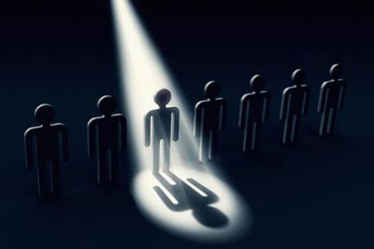 聚光燈效應 The Spotlight Effect